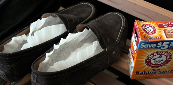 Baking soda for smelly shoes