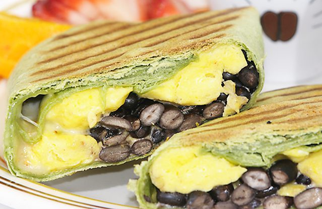 easy recipes, healthy breakfasts, breakfast burrito, quick recipes before a shift
